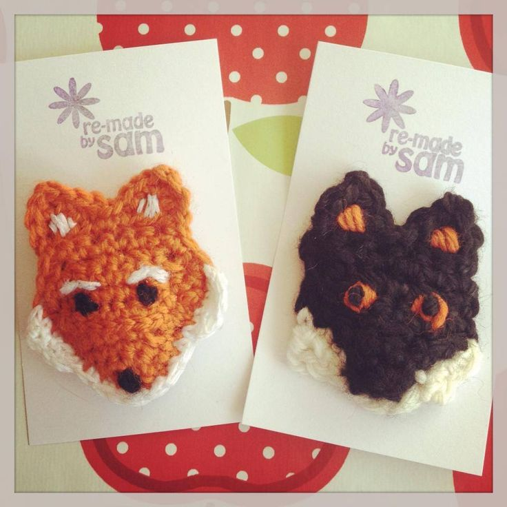 Fox/ Dog Brooch     Materials 4mm crochet hook Dc yarn in black, orange and white Yarn needle to sew ends in   For this pattern I use British dc stitch, increases (2 dc into 1 dc from previous…