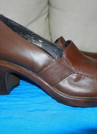 À vendre sur #vintedfrance ! http://www.vinted.fr/chaussures-femmes/autres-chaussures/26348425-mocassin-a-talon-cuir-marron-t38-style-vintage-retromodeclassique