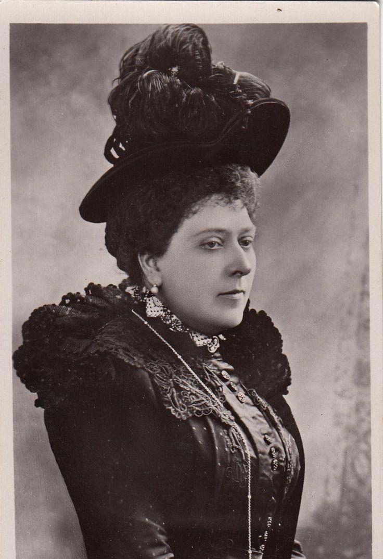 Prinzessin Beatrice v Battenberg Prinzessin v Großbritannien m Hut 1910