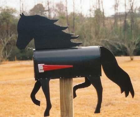 Pine Hill Woodcrafts,Decorative mailboxes,Hand painted mailboxes,custom mailboxes,mail box,mailboxes,yard shadows,lawn ornaments,wood craft,bear furniture,woodcrafts
