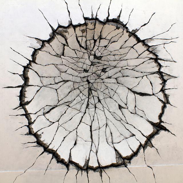 Katsuhiro Otomo....... texture, layers, cracked, sharp