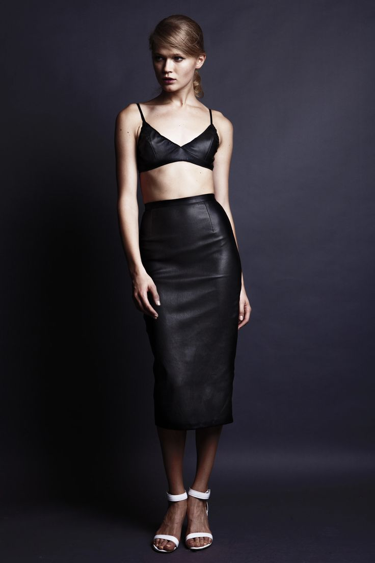 Minimalism is incredibly sexy in this 2013 Spring Summer collection by Sydney based UNIF.M
