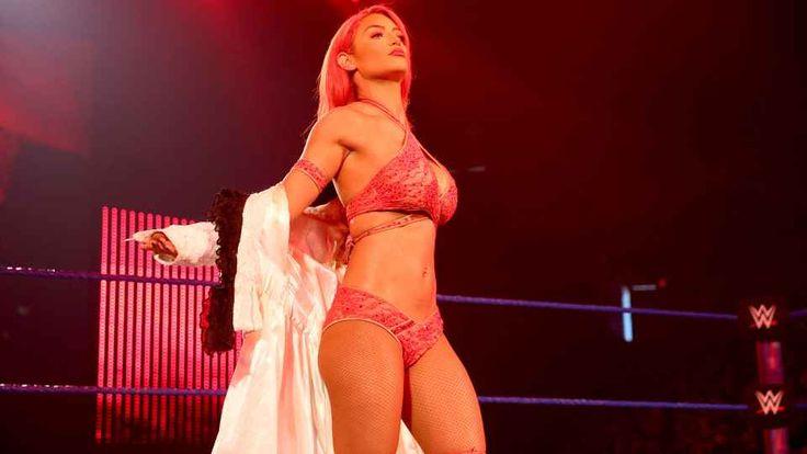 La rossa che scotta lascia i ring di wrestling e si da al cinema? La rossa più sexy del mondo del wrestling pare in procinto di lasciare la WWE. Leggiamo quali sono allo stato attuale delle cose le posizioni della WWE, la compagnia numero uno al mondo che ha sotto  #sport #wrestling #wwe
