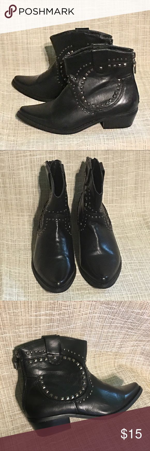 Electric Karma Ladies Black Zip Ankle Boots, Sz 6 Black zip ankle boots with metal studs. Electric Karma Size 6 Ladies. All Man-Made materials. Electric Karma Shoes Ankle Boots & Booties