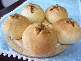 「ふわふわ黒糖グラハムパン」katumi | お菓子・パンのレシピや作り方【corecle*コレクル】