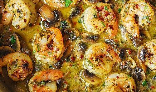 Pesto Garnalen Met Champignons recept | Smulweb.nl