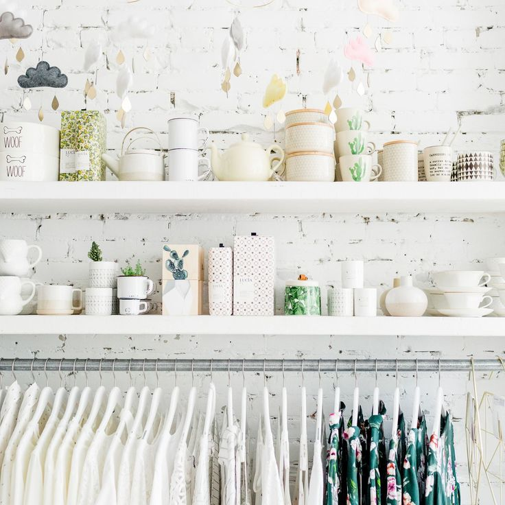 Happy Monday everyone!  Today get 10% all of our Clothing and Accessories in store and online! ............................. Bon lundi tout le monde!  Aujourd'hui obtenez 10% de rabais sur nos vêtements et accessoires en magasin et en ligne! #monvestibule
