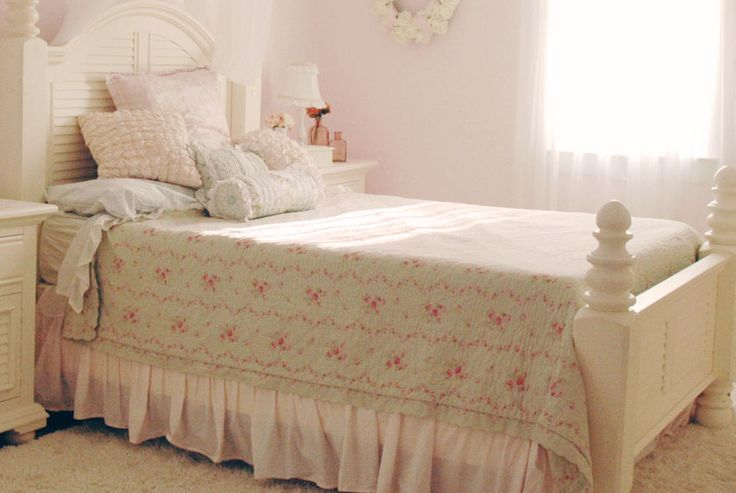 This is a king size comforter from the Rachel Ashwell Simply Shabby Chic line.   eBay!