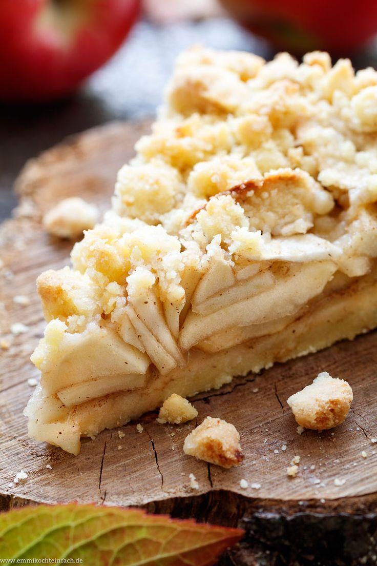 Streuselkuchen mit Apfel | Der Kuchenboden und die Streusel oben sind …   – Apfelrezepte