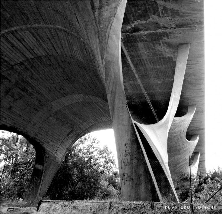 The viaduct over the Basento River, Sergio Musmeci Sergio+Musmeci, model,SERGIO MUSMECI | PONTE SUL BASENTO | DIGITAL SIMULATION,Sergio Musmeci's funky concrete bridge,Photo Domus Archives