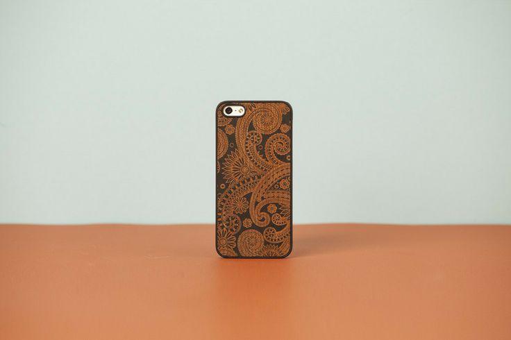 Wood'd - iPhone case