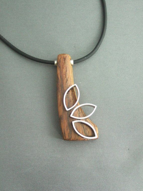 wood and leaves pendant this is perfect for fall and winter with large knit sweaters, gloves, hats or textures.....love love love