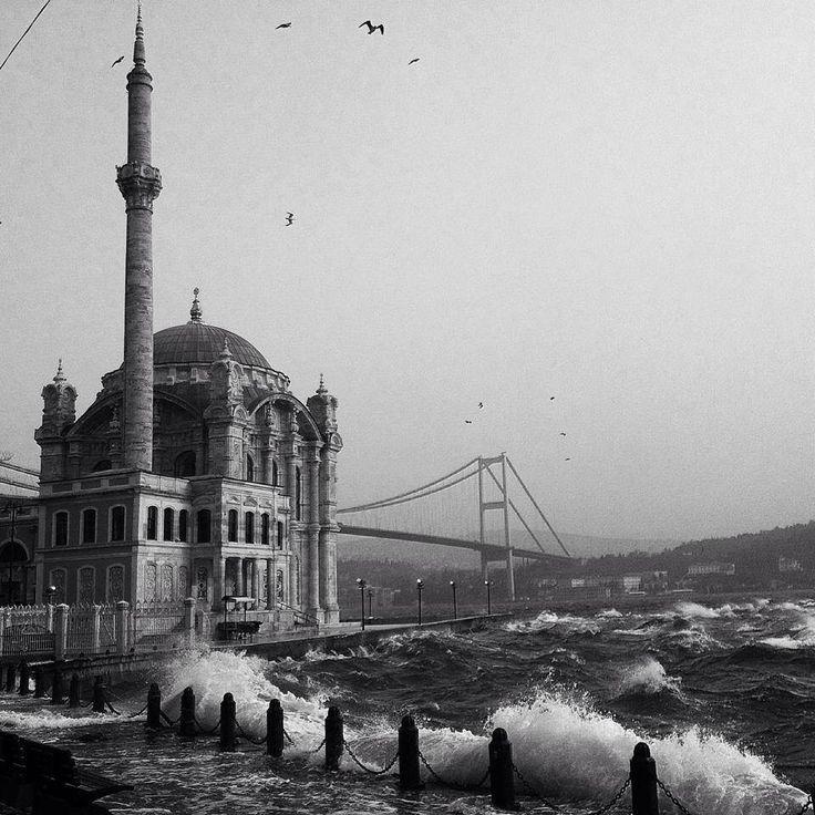 Mezquita de Ortakoy ( Istanbul )