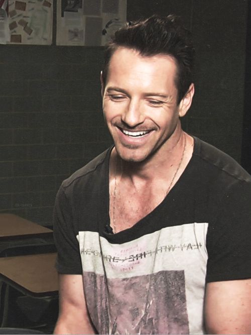 Ian Bohen, you just simply HAVE to love him <3