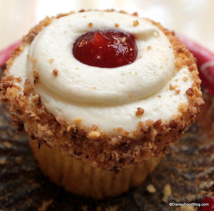 Guava Cream Cheese Cupcake @ Sunshine seasons