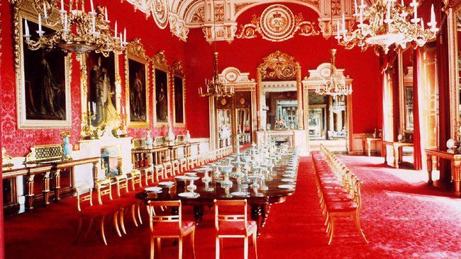 Buckingham palace state dining room google search for Comedor waterdog royal house