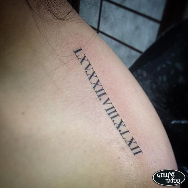 Tatuagem de número romanos feita por Lucas Felipe - Gelly's Tattoo (unidade Vila Olímpia)