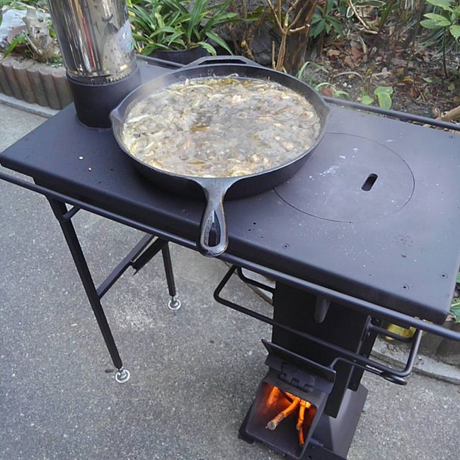 I stumbled upon this video while browsing Facebook, it is a rocket stove  with attachments - 92 Best Images About Wood Stoves On Pinterest Stove, Wood Burner