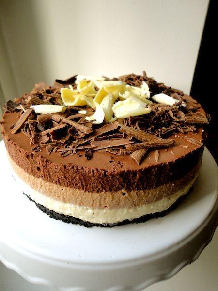 Kolmikerroksinen suklaa-juustokakku | Ruoka à la Sara la Fountain