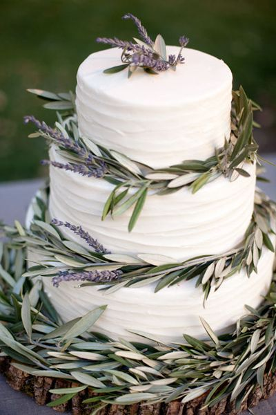 Olive branch cake: Cakes Ideas, Inspiration, Lavender Weddings, Olive Branches, Lavender Wedding Cakes, Paper Good, Olives Branches, Leaves, Lavender Cakes