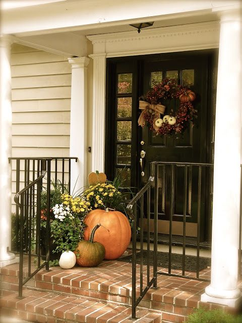 Simple Fall Porch Decorations Via Kerry Rossow