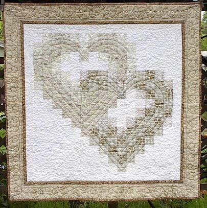 Quilt Patterns For Wedding Gifts : Best 25+ Wedding quilts ideas on Pinterest DIY wedding quilt, Heart quilt pattern and Jelly ...