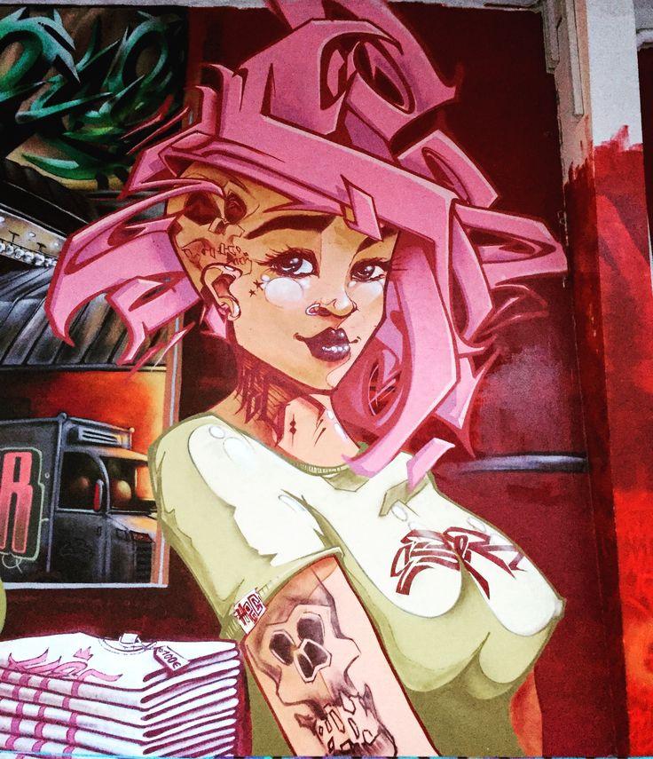 Punkette by @esper_hec #esperhec @hautencouleurhec #hautencouleur #hec #calligraphy #streetart #streetartist #urbanart #urbanartist #graffiti #graff #streetartparis #parisgraffiti #graffitiwall #wall #wallporn #wallpornart #streetarteverywhere #streetphoto #streetartandgraffiti #urbanwalls #graffart #spray #bombing #instagraff #laerosol #paris