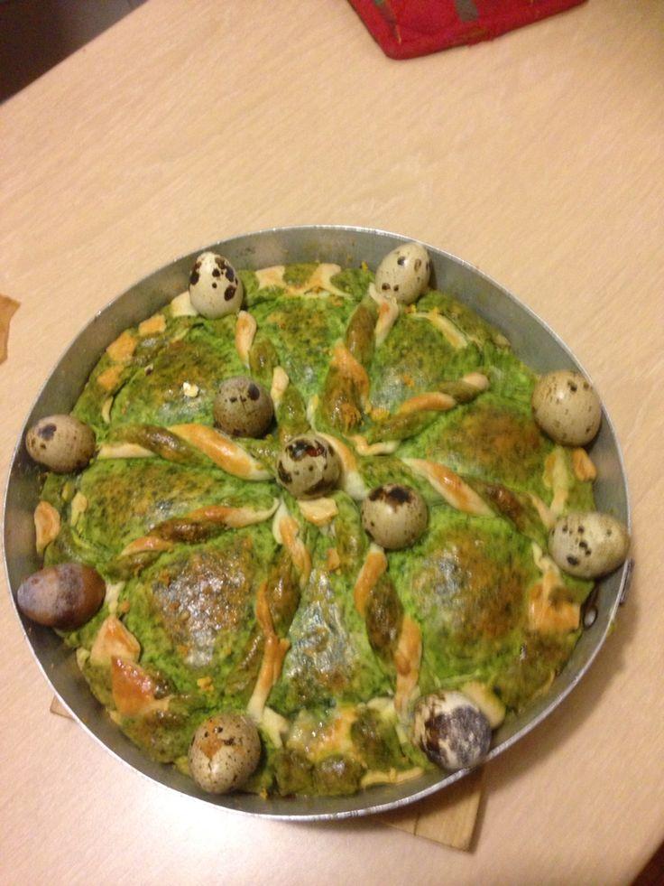 Torta pasquale con spinaci ricotta e uova di quaglia