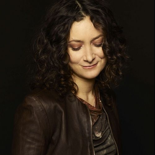 Sara Gilbert- love her! Love her style, love her hair!