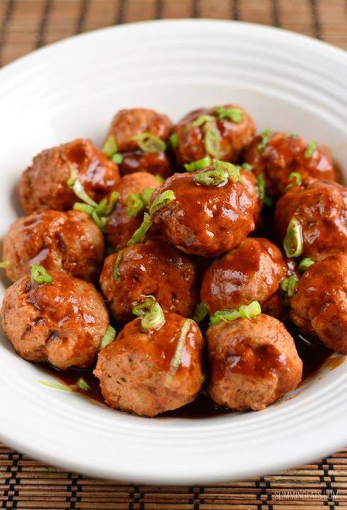 Chicken Meatballs in Hoisin Sauce - 1 syn per serving  FULL RECIPE: http://www.slimmingeats.com/blog/chicken-meatballs-hoisin-sauce