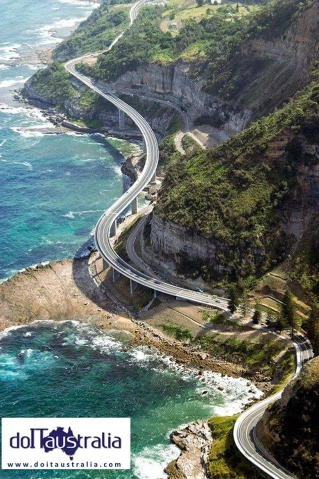 Sea Cliff Bridge (North South Wales, Australia)