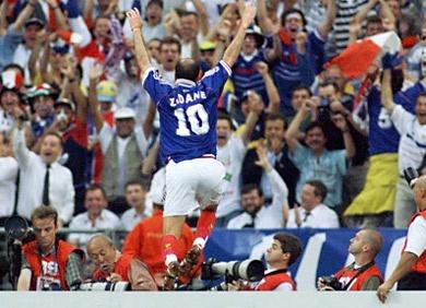 45 best images about francia 1998 on pinterest coupe - Zidane coupe du monde 1998 ...