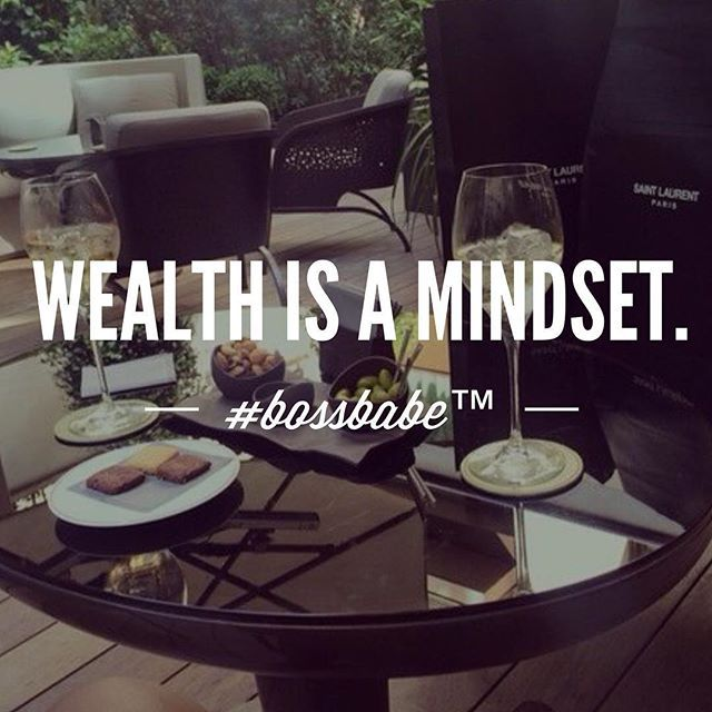 Being wealthy is about feeling wealthy. Feeling wealthy is about thinking wealthy. Thinking wealthy is first of all free (hello) and second of all about spotting the treasures in life that everyone else seems to walk right past because they're out there chasing happiness instead of just being in happiness. Learn more in the #Bossbabe Netwerk (Click the link in our profile now)  Follow @bossbabealex & @millennialrichgirl  now for more inspo!