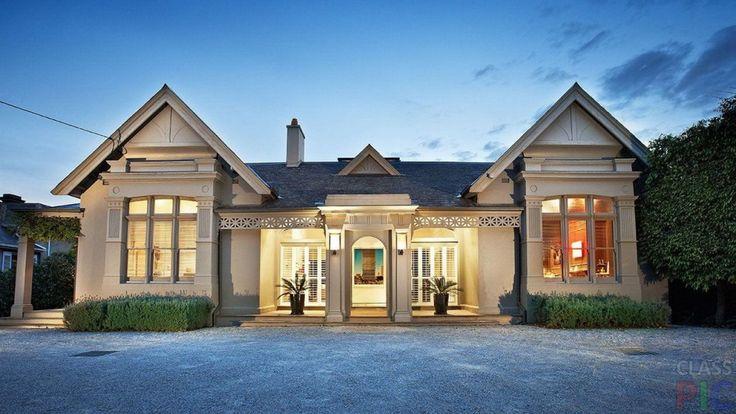 Стили домов (20 фото) http://classpic.ru/blog/stili-domov-20-foto.html   Стили домов настолько разнообразны, что каждый желающий может подобрать себе свой. Это может быть и прогрессивный минимализм, и роскошное барокко....