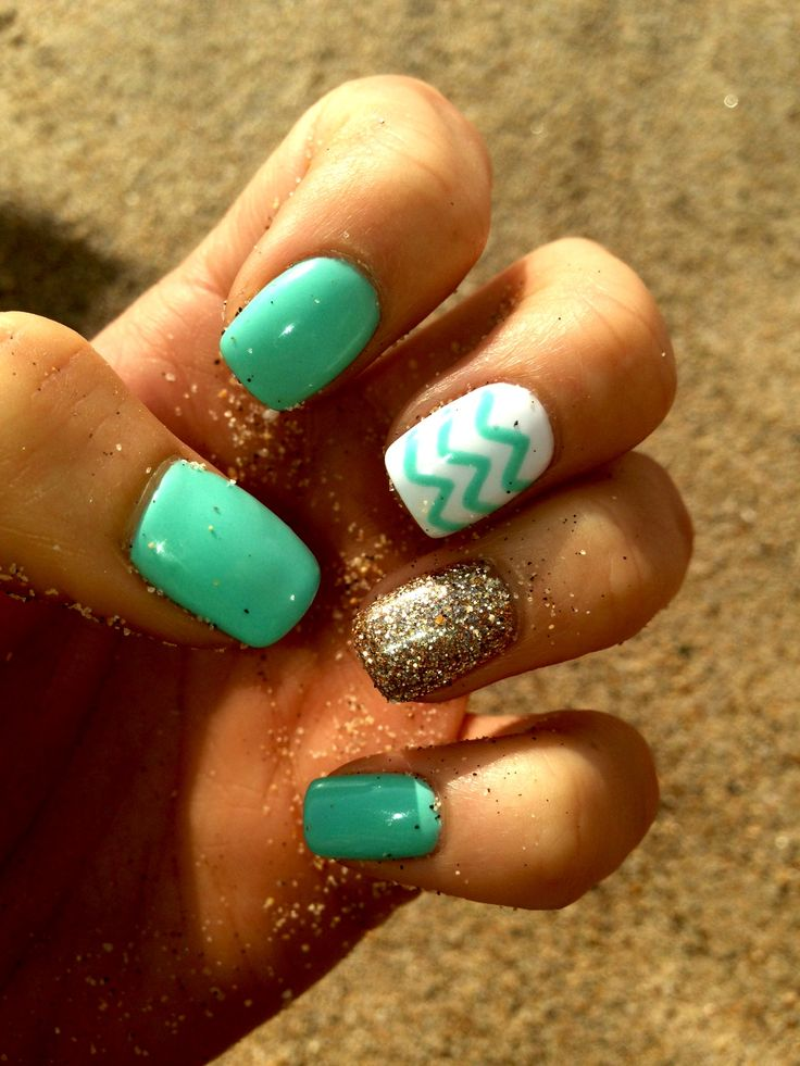 Beach Nails. I absolutely love this!