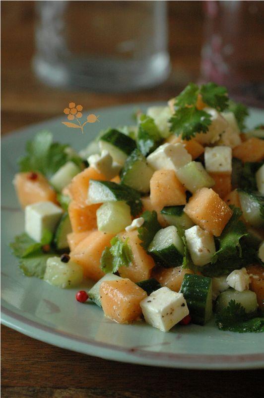 Le melon et le concombre aiment bien la feta, la coriandre et le poivre 5 baies aussi !
