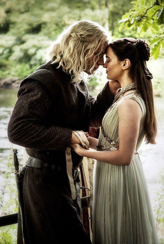 "Rhaegar Targaryen & Lyanna Stark in 7.07 ""The Dragon and the Wolf"" #GameofThrones"
