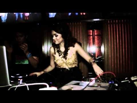 "The Launching of ""The Duchess of Love"" (DJ Yasmin & Princess Joana) also featuring: DJ Winky, DJ Hizkia, DJ Reno Renatama, DJ Adhel, MC Joey on September 10th at Dragonfly, Jakarta    Camera: Sony NEX-VG10"