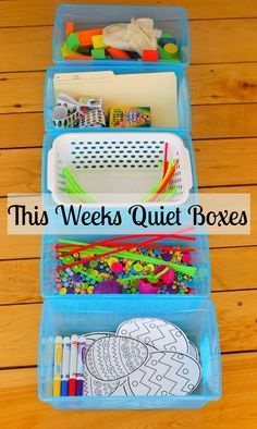 These quiet boxes for preschoolers are brilliant! SO simple and kids can do them independently. Quiet time activities are very important for kids learning