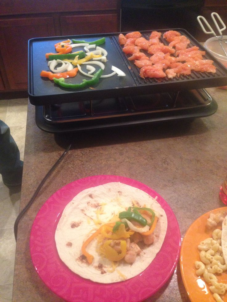 Küchenprofi Raclette Style ~ chicken fajitas velata raclette style! www karidye velata us food pinterest chicken