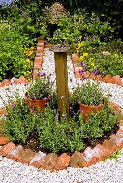 Best 25 brick edging ideas on pinterest brick garden for Best way to lay out a garden