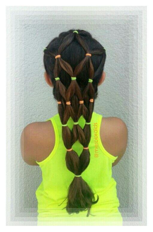 Elastics hairstyle. . Summer hairdo