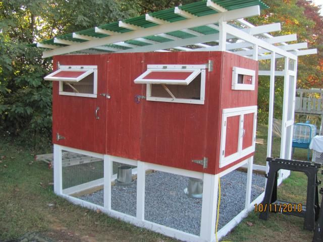 1008 best images about chicken coops tractors on for Small backyard chicken coop plans free