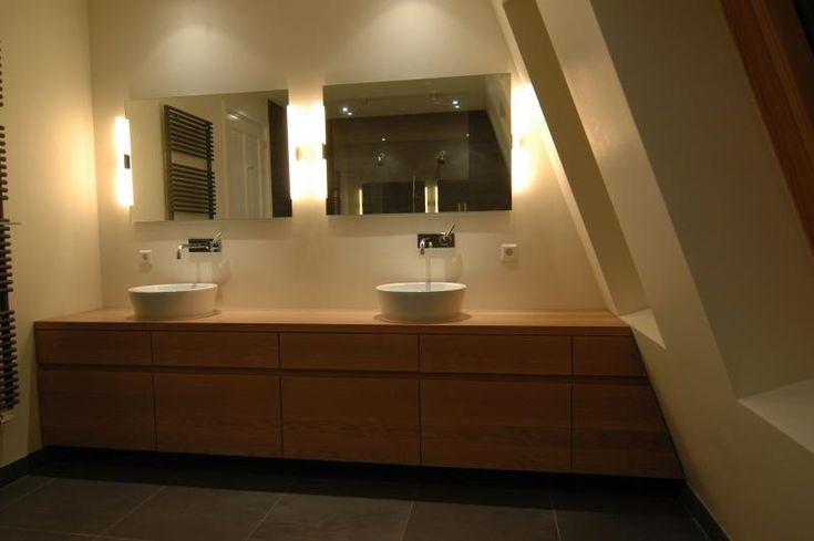 Afbeeldingsresultaat voor badkamermeubel hout zwevend
