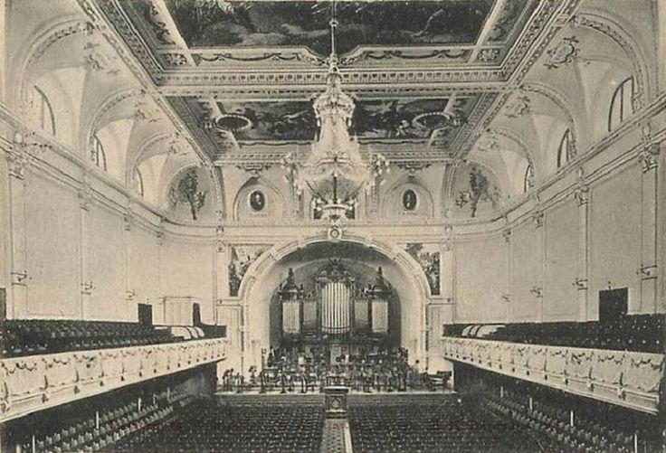 Sala Koncertowa Filharmonii Narodowej. fot. 1902r., źr. Domena Publiczna.