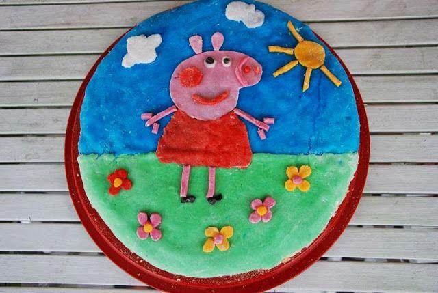 Tort brzoskwiniowy ze Świnką Peppą