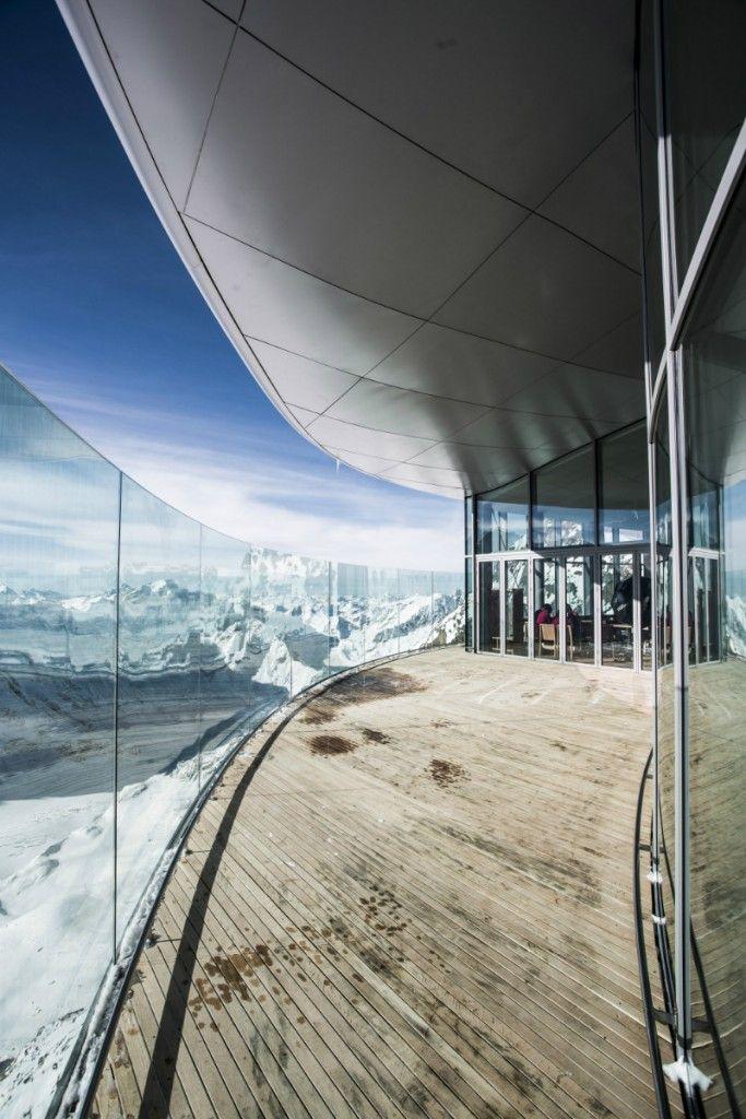 Café 3440 – Das höchstgelegene Café Österreichs im Pitztal in Tirol.  Urlaub & Ausflugsziele mit Hund  Hundefreundliches Cafe 3440 - immer mit Hund (c) Pitztal