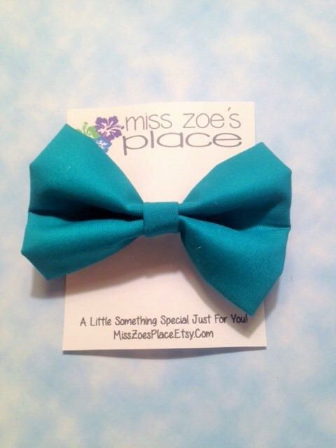 Teal Fabric Bow, Kids Hair Bow, Cheer Bow, Girls Hair Bow, Uniform Bow, Fabric Hair Clip, Girl Hair Clip, Teen Hair Bow, Handmade Bow by MissZoesPlace on Etsy https://www.etsy.com/listing/535949210/teal-fabric-bow-kids-hair-bow-cheer-bow