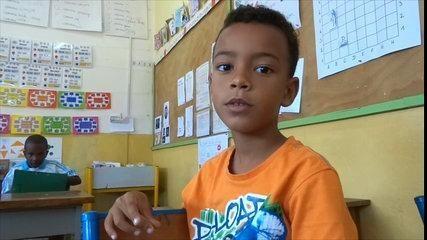 News Une odeur - mot du jour   Classe de CP de l'école française de Bujumbura au BURUNDI. http://cpbuja.eklablog.com/ Source link  ... http://showbizlikes.com/une-odeur-mot-du-jour/