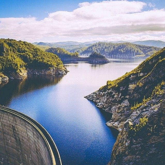 @jimmy_raper's capture of the spectacular Gordon Dam and Lake Pedder, Australia's largest freshwater lake and water catchment system. A key piece of Tasmania's hydroelectric scheme, this massive lake is also accessible for trout fishing, kayaking and swimming. And for the adrenaline junkies, it is also the location for the world's highest commercial abseil – the 140 metre descent down the Dam wall.